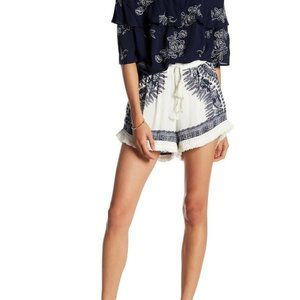 Romeo & Juliet Couture Woven Fringe Shorts 466